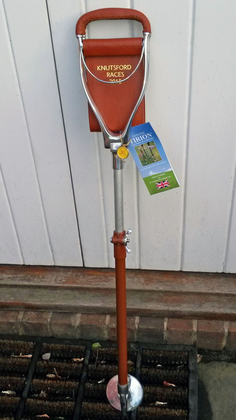 tirion seat stick shooting stick knutsford races